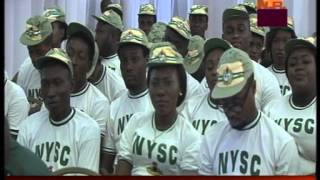 President Goodluck Presents Award to Youth Corps