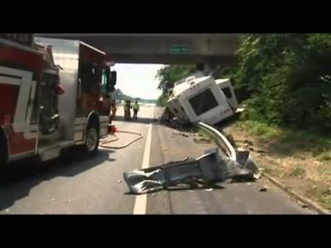 Dangerous Trailers Org Presents Yet Another R V Accident