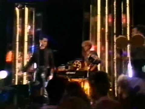 Depeche Mode - Leave In Silence (1982, Live @ Top of the Pops) with lyrics