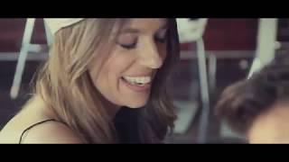 Смотреть клип Galvan Real - Que Me Estará Pasando