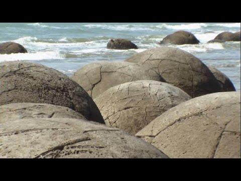 The Perfectly Spherical Moeraki Boulders