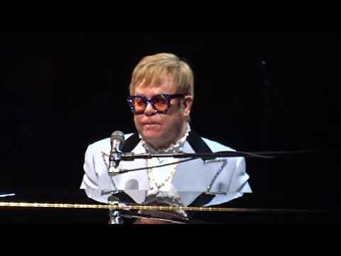 Elton John - Funeral For A Friend/Love Lies Bleeding - TD Garden, Boston, MA 10-06-2018