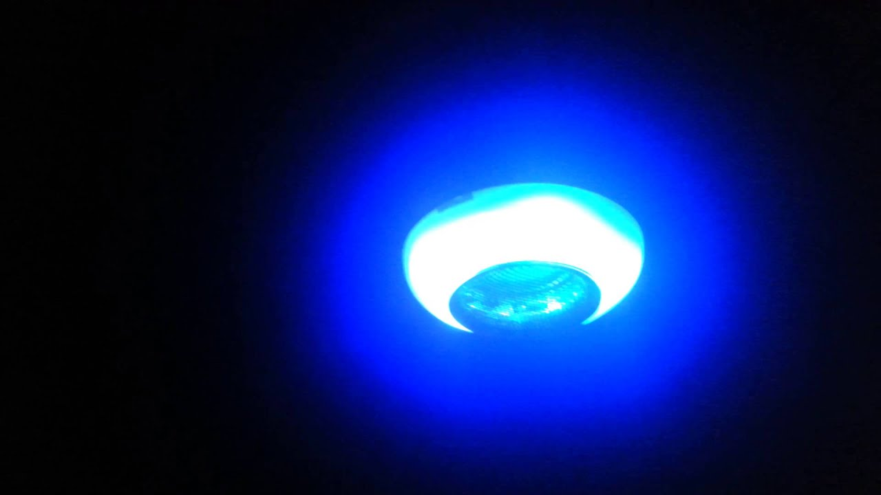 led lampe bluetooth mit lautsprecher youtube. Black Bedroom Furniture Sets. Home Design Ideas