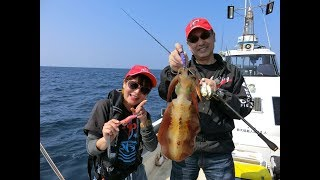 今回はびゅーんと飛んで沖縄からお届けします。杉原正浩さんと釣女ちゃ...
