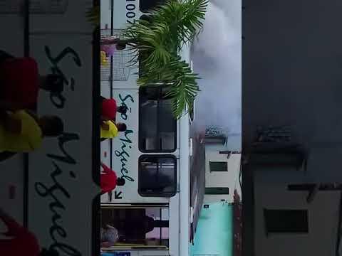 """ILHÉUS: POPULAÇÃO DO BANCO DO PEDRO DENUNCIAM AS """"SUCATAS"""" DA SÃO MIGUEL 2"""