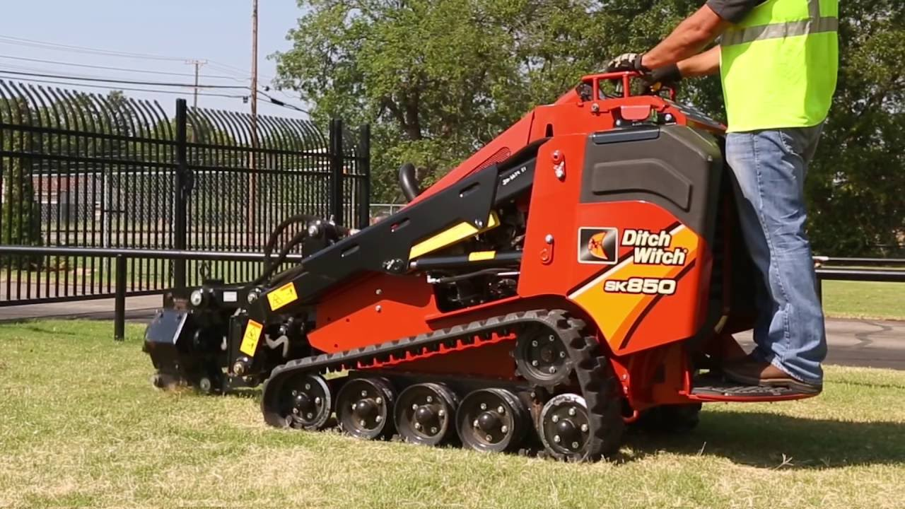 Ditch Witch 174 Sk850 Mini Skid Steer Youtube