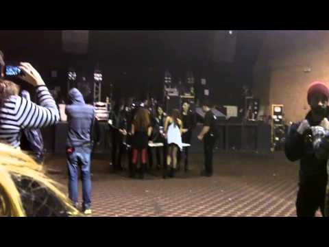 pierce the veil meet and greet 2013
