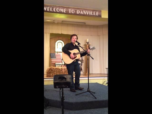 Blake Branscom singing cover of  Momma Tried kcma 2014