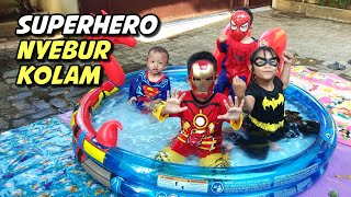 Superhero Nyebur Kolam Main Air | Kids Pool Fun