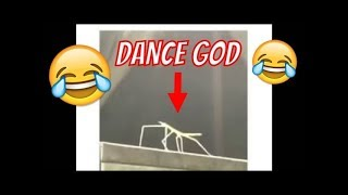 Download Video 😂😂 Extremly Funny Stick Insect Dancing To Music Meme - Turn on the sound! MP3 3GP MP4