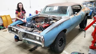 Gambar cover TOTALED Muscle Car Gets a BIG BLOCK! Flooded LeMans Gambler Build Pt 2