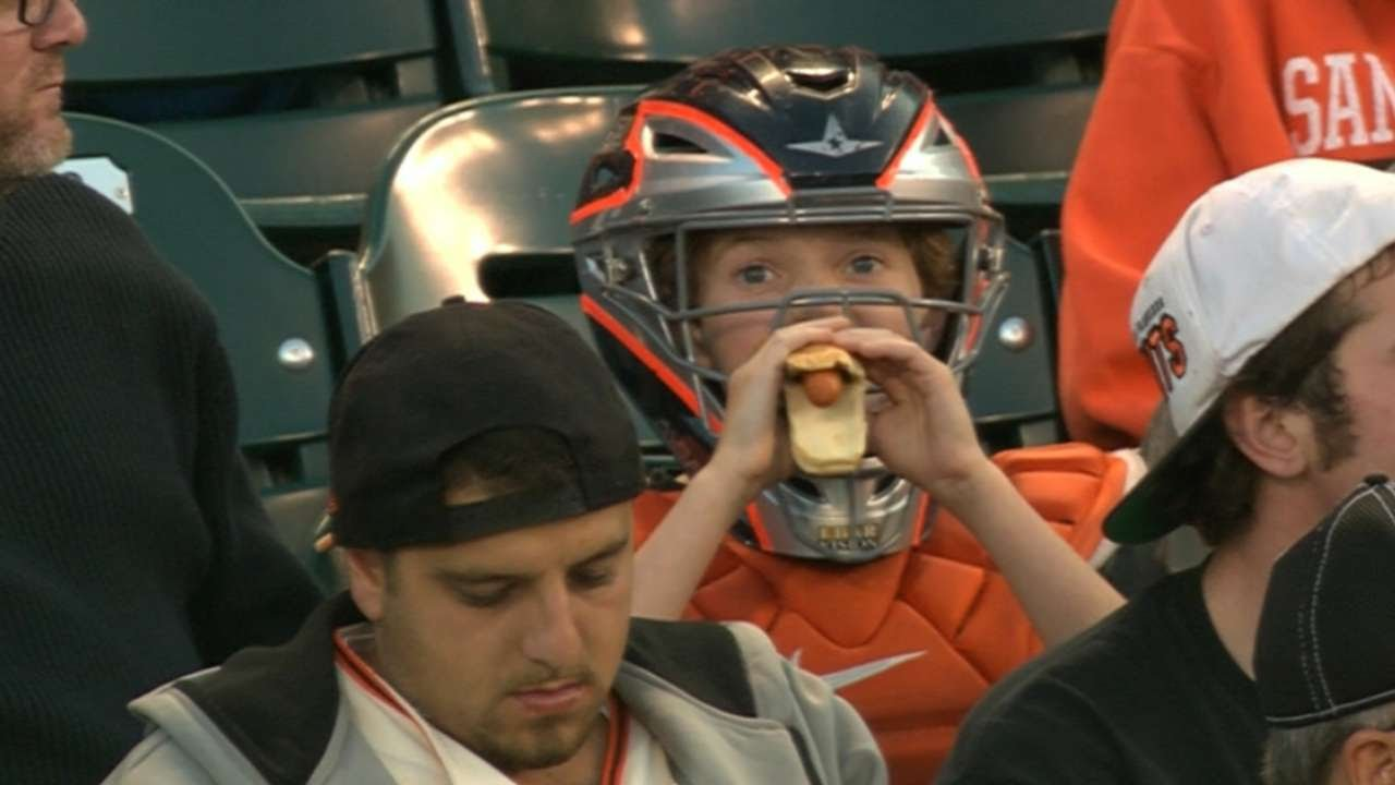 sale retailer 90959 6bd3b PHI@SF: Kid wears catcher's gear in the stands