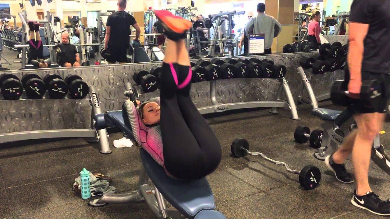 Leg Lift Reverse Crunch Off Decline Bench Youtube