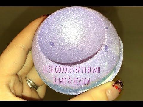 Goddess Bath Bomb by Lush Demo & Review - Nichole337