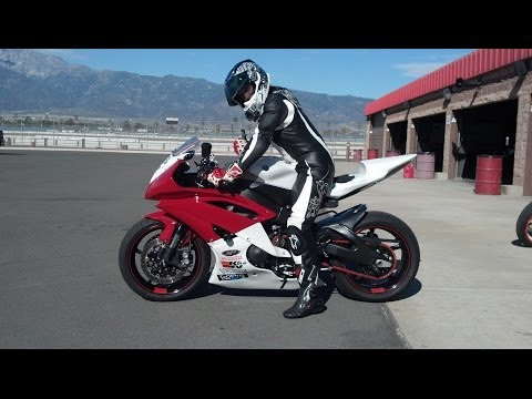 Girl on R6 - Auto Club Speedway Track Day