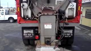 COMMERCIAL TRUCK SALES FOR SALE 1998 international dump truck 4900 EQ265