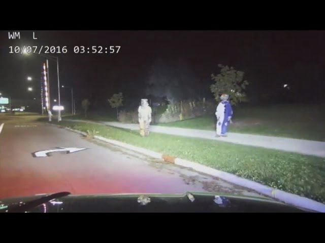 Parents Leave 4-Year-Old Home Alone To Scare Drivers In Clown Costumes
