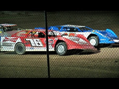 WoO Late Model Feature at Merritt Speedway on 8-26-16