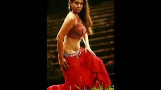Nayanthara Hot Photos, Sexy Bikini Images, Wallpapers Gallery