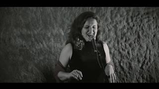 Poesia eròtica per a maridatge de vins o caves: Maria Colom & Àlex Almirall