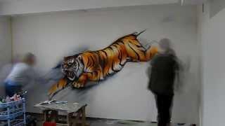 Роспись стен Тигр(Время работы - 20 часов. Нестандартный декор стен, потолков, реставрация мебели с помощью художественных..., 2014-02-03T19:33:41.000Z)