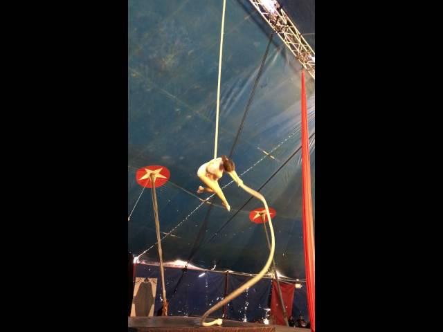 Ellie Rossi aerial rope smooth criminal