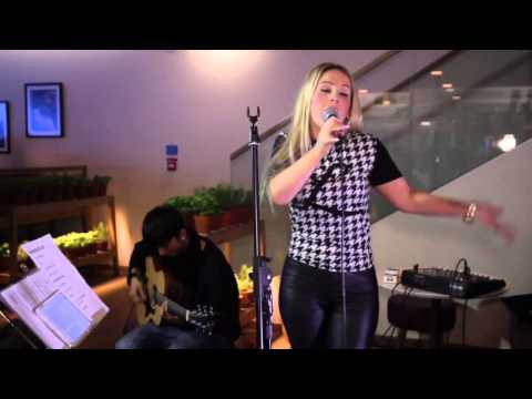 Vapiano live music night with Louise Labelle