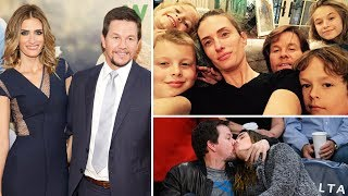 Video Mark Wahlberg's Wife Rhea Durham and Kids 2017 - Mark Wahlberg's Family and Lifestyle 2017 download MP3, 3GP, MP4, WEBM, AVI, FLV Juli 2018