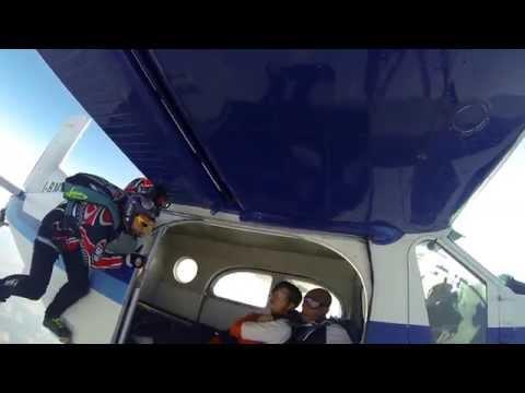 ...la vertigine non è paura di cadere...ma voglia di volare...14/07/13...skydiving