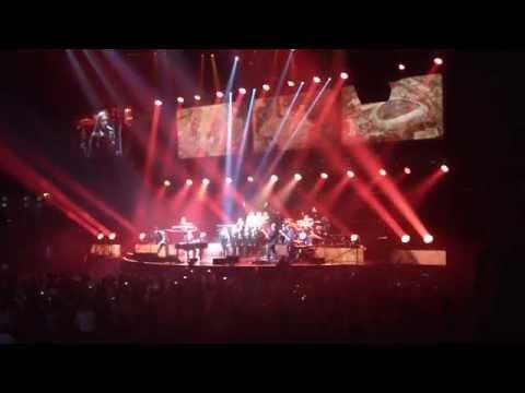 Gary Barlow - Nottingham - Sing - Minster School 17.4.14