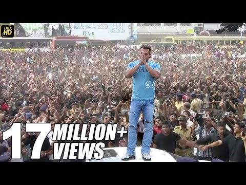 Salman Khan's CRAZY  in Pune