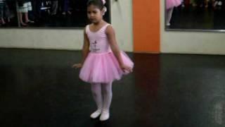 A Valsa da Bailarina dançada por Sthefany Resende