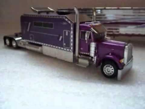Custom Kenworth Amp Peterbilt With Big Sleeper Youtube