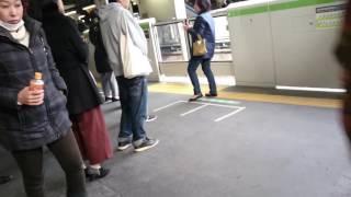 日暮里駅のキチガイ