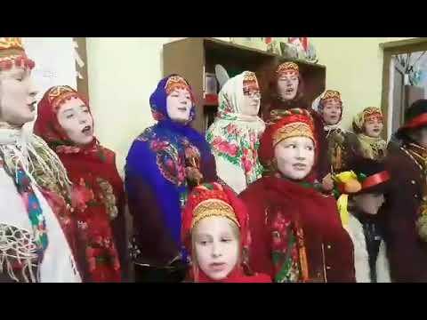 vinnikiplus: Весела коляда у Винниківській міській раді