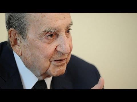 euronews (em português): Morreu ex-primeiro-ministro grego Constatine Mitsotakis (1918-2017, 98 anos)