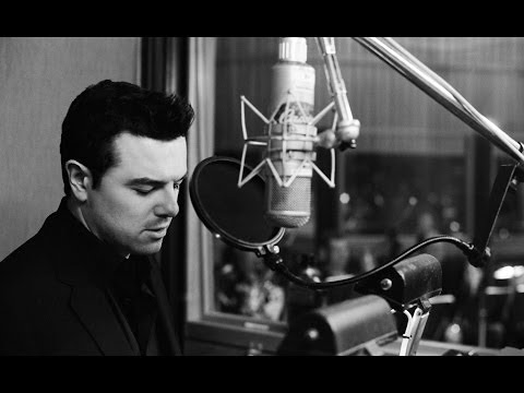 Seth MacFarlane  02  Music is Better Than Words