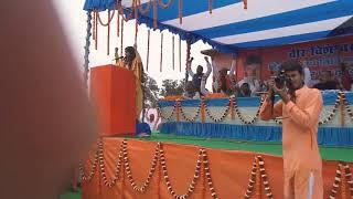 हिंदू शेरनी साध्वी सरस्वती जी शेरे शाहाबाद वीर विशेश्वर ओझा के द्वितीय पुण्यतिथि के दौरान भाषण देते