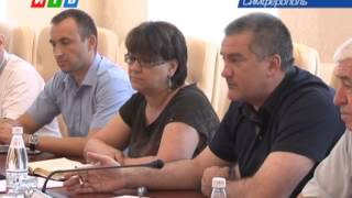 Что рассказали уволенные сотрудники Крымпласта Сергею Аксенову?