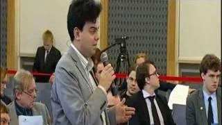 Debata ACTA - Systemowa zmiana przy tworzeniu prawa Michał Kolanko 042135