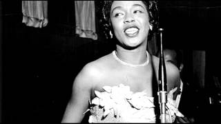 Watch Sarah Vaughan I Feel Pretty video
