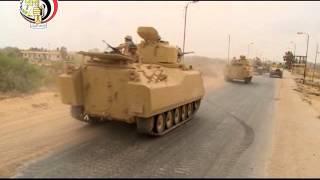 بالفيديو .. الأباتشي  تدمر 3 سيارات محملة  بالأسلحة خاصة بالعناصر الإرهابية جنوب الشيخ زويد