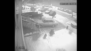 Аварія біля ТЦ Інтерсіті детальний огляд