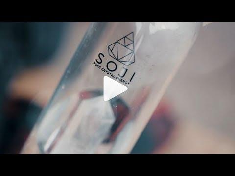 Soji Energy Gem Elixir Crystal Quartz Water Bottle Review in action by George Lamberis