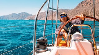 From top to tow : the blissful day at sea that turned pretty dicey.   #36  (Part 1/2)