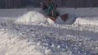 Шиньша- уборка снега(Уборка снега трактором Т-150К., 2015-05-13T14:58:32.000Z)