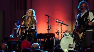 "Sheryl Crow: Live from the Artists Den - ""Callin' Me When I'm Lonely"""
