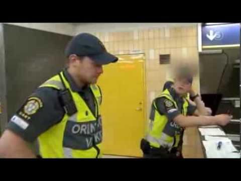 Killar i våldsamt bråk med ordningsvakter - Tunnelbanan