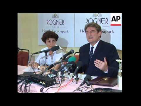 ALBANIA: PRESIDENT BERISHA TO RESIGN IF SOCIALIST GOVERNMENT ELECTED