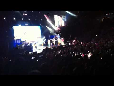 one direction charlotte nc use somebody